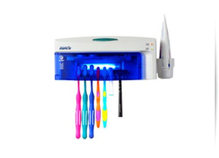 Ultraviolet sterilizer for bathroom
